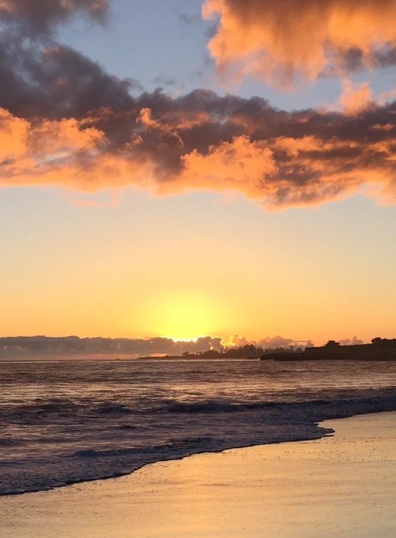 Corcoran Beach Sunset (profile)